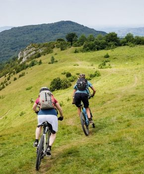 Our mountain biking and cycling tours in the Pyrenees